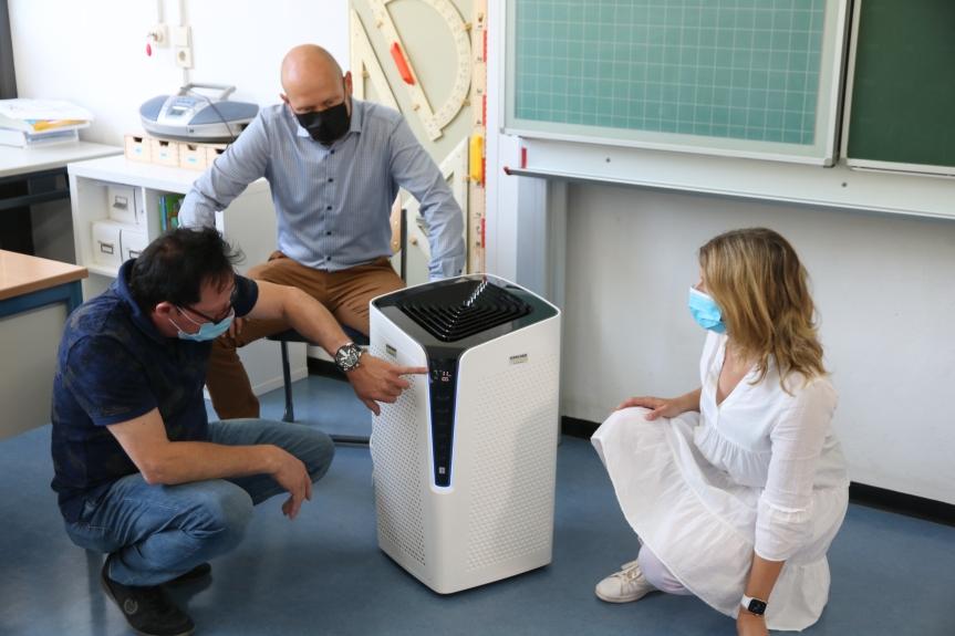 Luftfilter und Masken für dieSchule